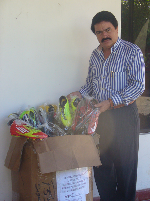 Supplying Soccer Shoes to Dozens of Soccer Teams in Honduras